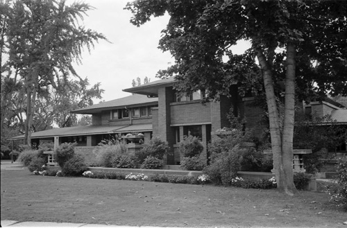 The front of Darwin Martin House in 1969. Courtesy University Archives, State University of New York at Buffalo